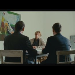 """Jochen lernt Kundengespräche über """"Versorgungslücken"""" zu führen - Teil 1 - Szene Poster"""