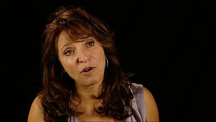 Susanne Bier über die Premiere in Venedig - OV-Interview Poster