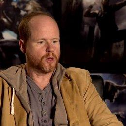 Joss Whedon - Regisseur über den Zusatz einer weiblichen Komponente im Film - OV-Interview Poster