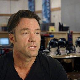 Terry Notary - Rocket und Stunt Koordinator - über die Darstellung der Affen im Film - OV-Interview Poster