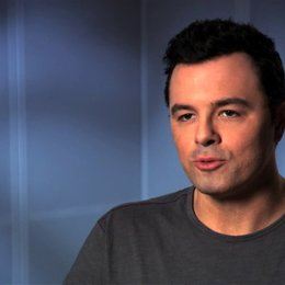 Seth MacFarlane über Johns Dilemma - OV-Interview Poster