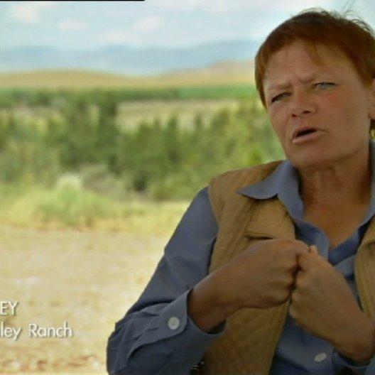 Betty Staley erklärt wie sehr Bucks Training ihr Verständnis für Pferde geändert hat - Szene Poster