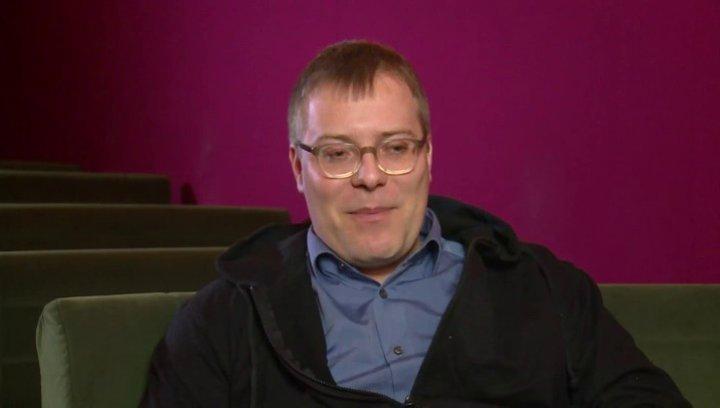 Christoph Hochhäusler (Regie) über das Risiko beim Spiel mit den Klischees - Interview Poster