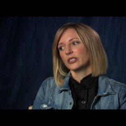 Shana Feste (Drehbuch und Regie) über Gwyneth Paltrow - OV-Interview Poster