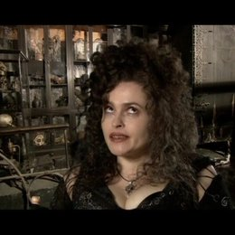 Helena Bonham Carter - Bellatrix Lestrange - OV-Interview Poster