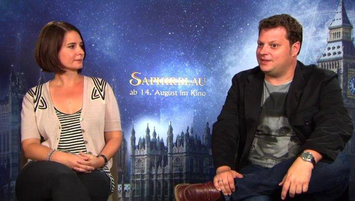 Felix Fuchssteiner und Katharina Schoede -  Regie und Produktion -  über die neuen Charaktere in Saphirblau - Interview Poster