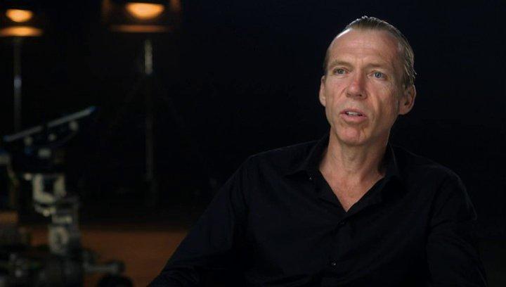 Richard Brake über die Arbeit mit Paul Feig - OV-Interview Poster