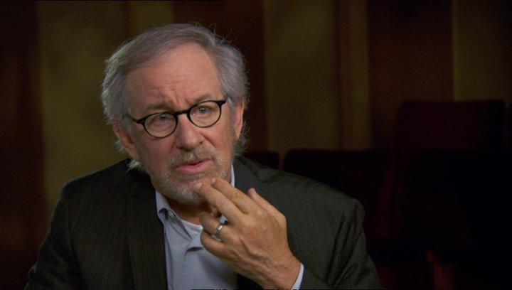 Steven Spielberg (Regisseur-Produzent) über das Drehen in Richmond - OV-Interview Poster