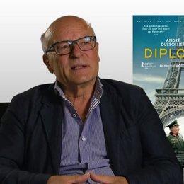Volker Schlöndorff (Regie) über die Bedeutung von Paris - Interview Poster