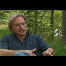 Harald Kügler (Produzent) über die Reiseroute - Interview Poster