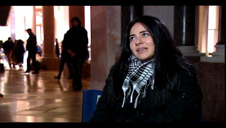Nesrin Samdereli (Drehbuch) über die Geschichte - Interview Poster