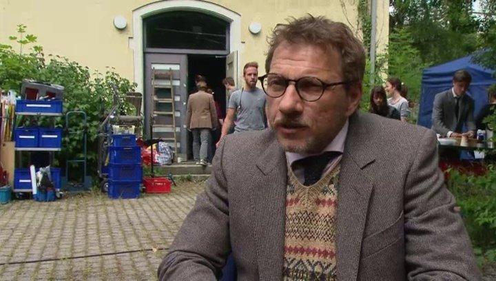 Richy Müller - Hoefi - über die gute Besetzung - Interview Poster