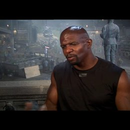 Terry Crews über seine Rolle - OV-Interview Poster