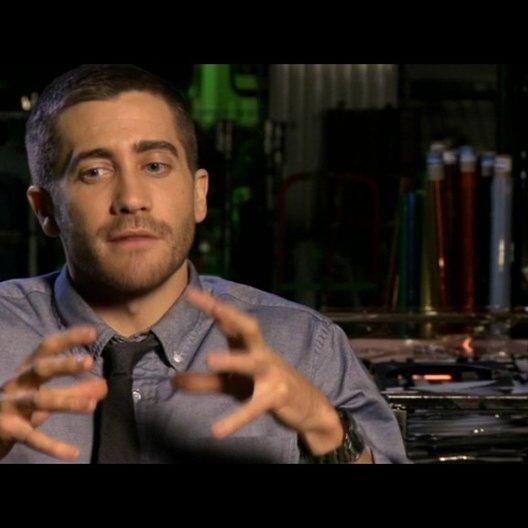 Jake Gyllenhaal (Colter Stevens) über den Humor des Films - OV-Interview Poster