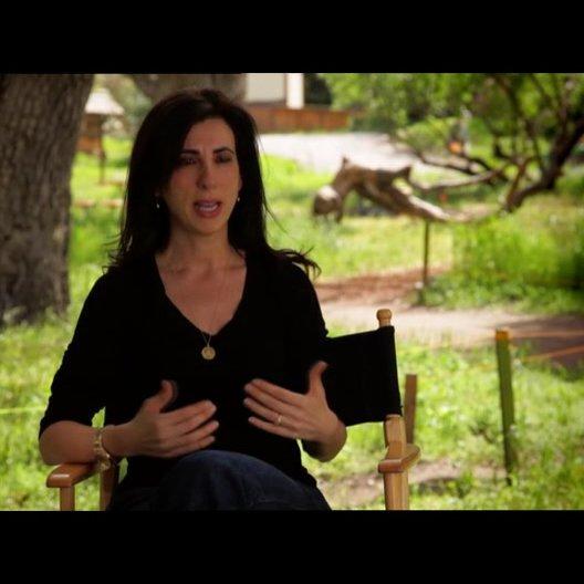 Aline Brosh McKenna - Drehbuchautorin - über die Herausforderung, eine wahre Geschichte zu adaptieren - OV-Interview Poster