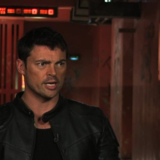 Karl Urban on the vision of the film - OV-Interview Poster
