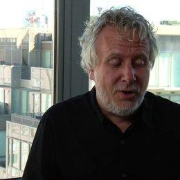 Larry Karaszewski - Drehbuchautor - über den Erfolg der Keanes - OV-Interview Poster