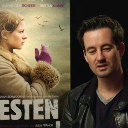 Christian Schwochow - Regisseur - über die Rollenbesetzung - Interview Poster