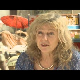 Deborah Moggach - (Autorin) über den Cast - OV-Interview Poster