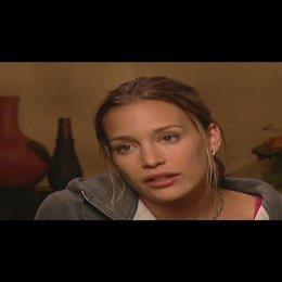 """Piper Perabo (""""Bobby"""") über den Film und die Story - OV-Interview Poster"""