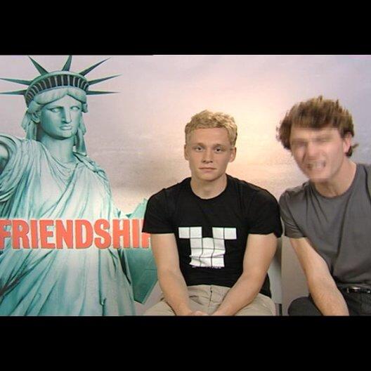"""Friendship!""-Schaupieler grüßen KINO.DE-User - Sonstiges Poster"