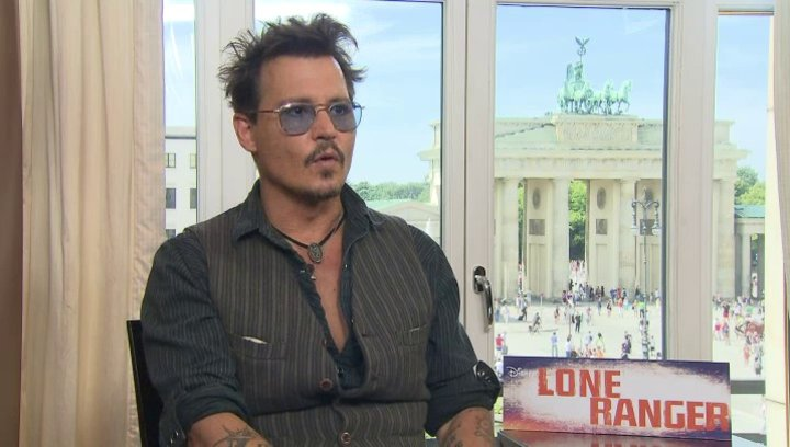 Johnny Depp - Tonto - über seine Rolle Tonto - OV-Interview Poster