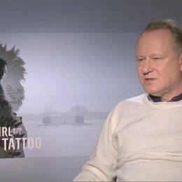 Stellan Skarsgard über das Tempo des Films - OV-Interview Poster