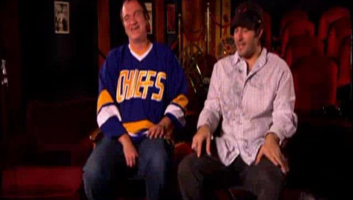 Quentin Tarantino und Robert Rodriguez über 'Grindhouse'. - OV-Featurette Poster