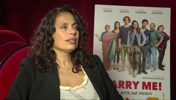 Neelesha Barthel über die realen Hintergründe des Films, über ihr persönliches Indien im Alltag, über Heiraten in Bollywood-Filmen und Kissys Verweige Poster