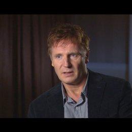 Liam Neeson - Dr. Martin Harris - über die Arbeit mit dem Regisseur Jaume Collet Serra - OV-Interview Poster