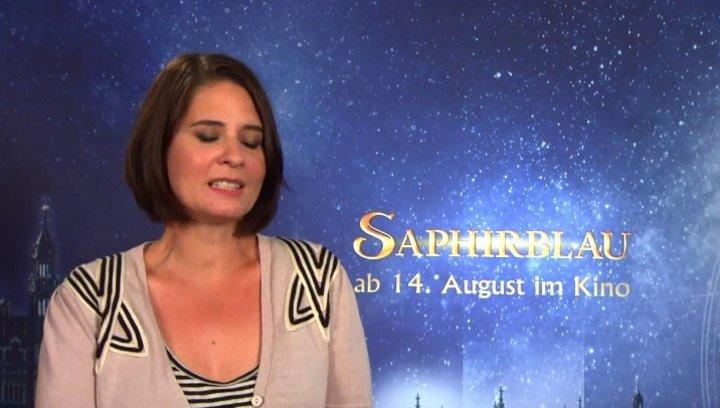 Felix Fuchssteiner und Katharina Schoede -  Regie und Produktion -  wie die Geschichte in Saphirblau weitergeht - Interview Poster