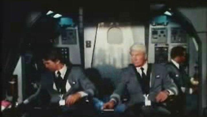 Die unglaubliche Reise in einem verrückten Raumschiff - Trailer Poster