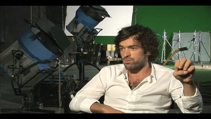 Romain Duris über Vanessa Paradis - OV-Interview Poster