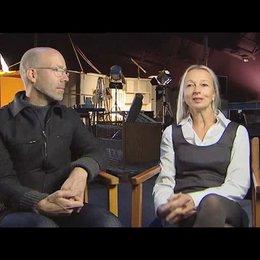 Uli Putz / Jakob Claussen (Produktion) über die Herausforderung, den Roman zu verfilmen - Interview Poster