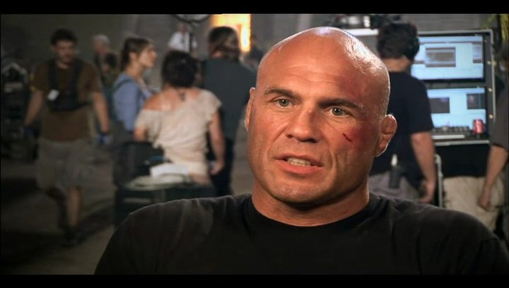 Randy Couture über die Story - OV-Interview Poster