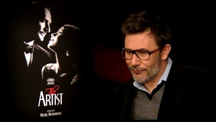 Michel Hazanavicius - Regisseur - über Dreharbeiten in Hollywood - OV-Interview Poster
