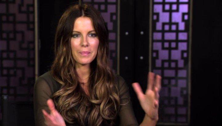 Kate Beckinsale über das zentrale Thema des Films - OV-Interview Poster