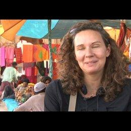 Corinna Mehner (Produzentin) über Indien - Interview Poster