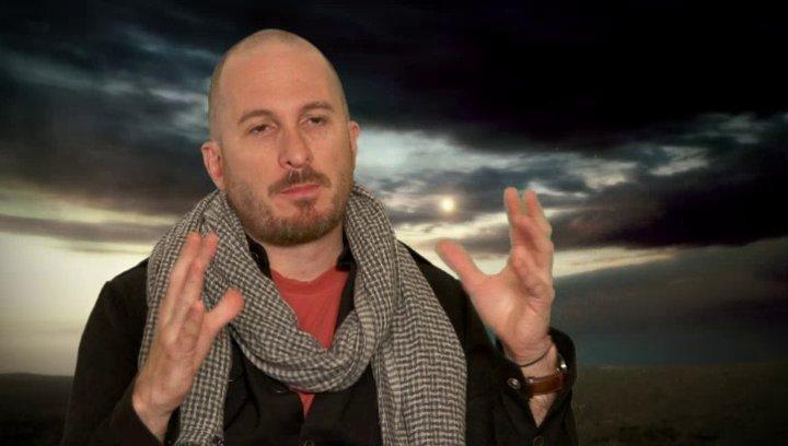 Darren Aronofsky - Regisseur und Co-Drehbuchautor - darüber die Bibel zum Leben zu erwecken - OV-Interview Poster