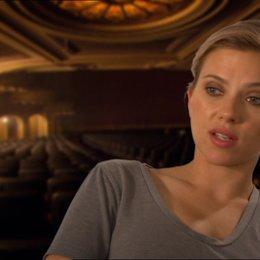 Scarlett Johansson (Janet Leigh) über die Arbeit mit Sacha Gervasi - OV-Interview Poster