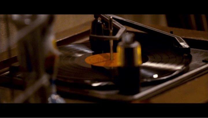 The Strangers (DVD-/BluRay-Trailer) Poster