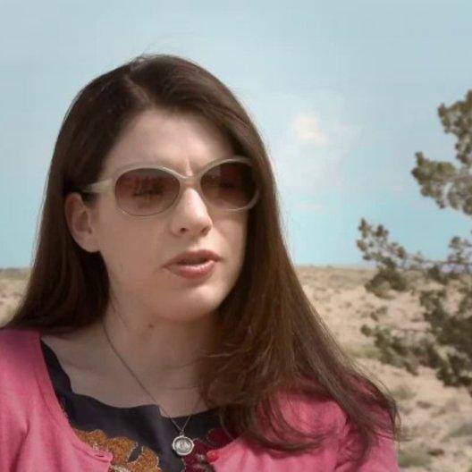 Stephenie Meyer über die Beziehung zwischen Melanie und der Sucherin - OV-Interview Poster