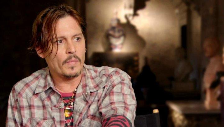 Johnny Depp - Mortdecai - über die Besetzung - OV-Interview Poster