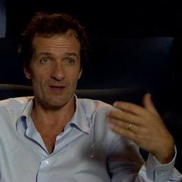 David Heyman - Produzent - über die Verwirklichung von Paddingtons Welt auf der Leinwand - OV-Interview Poster