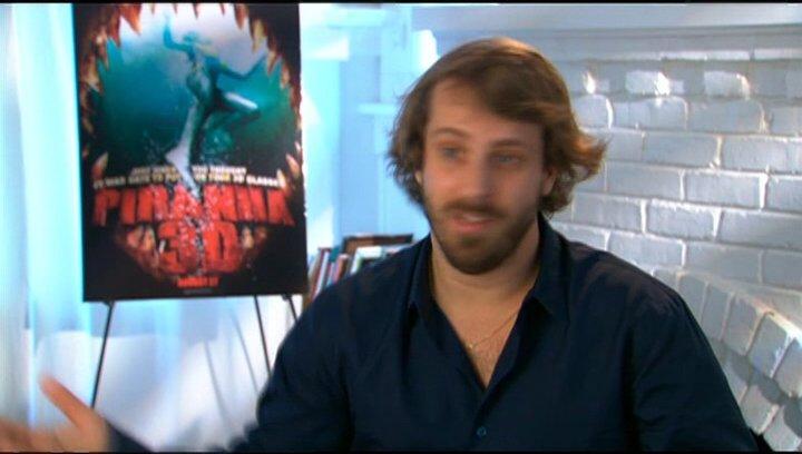 Alex Aja (Regisseur), wie er zu diesem Film gekommen ist - OV-Interview Poster