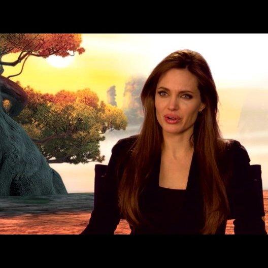 Angelina Jolie (Originalstimme Tigress) über Lord Shen - OV-Interview Poster