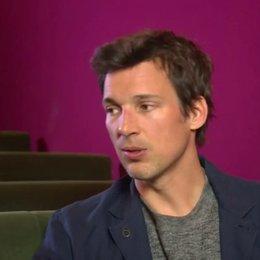 Florian David Fitz über die Kriterien, eine Rolle anzunehmen - Interview Poster