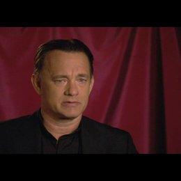 "Tom Hanks (""Robert Langdon"") über den Film - OV-Interview Poster"