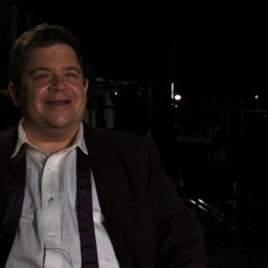 Patton Oswald über seine Rolle - OV-Interview Poster