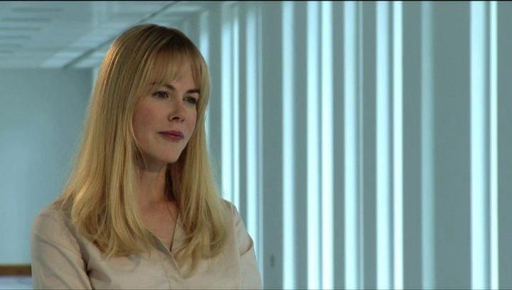 Nicole Kidman über die Arbeit mit Colin Firth - OV-Interview Poster